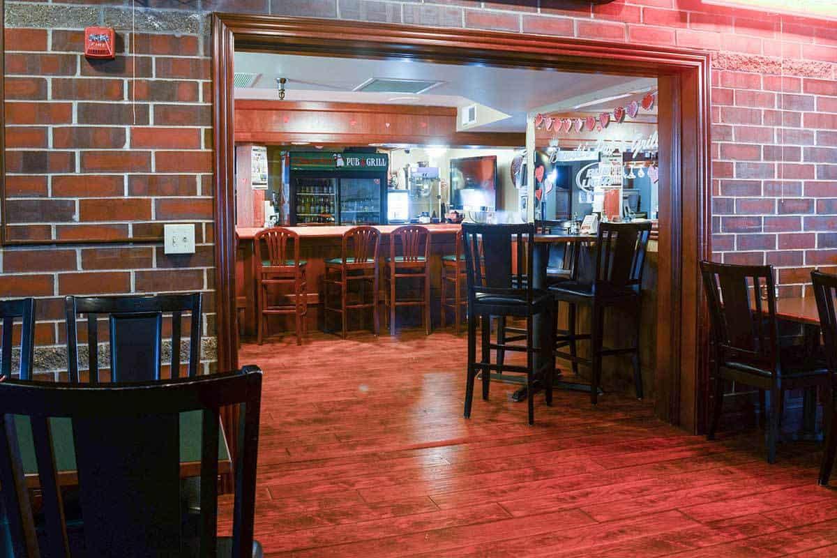 brewskis-pub-3